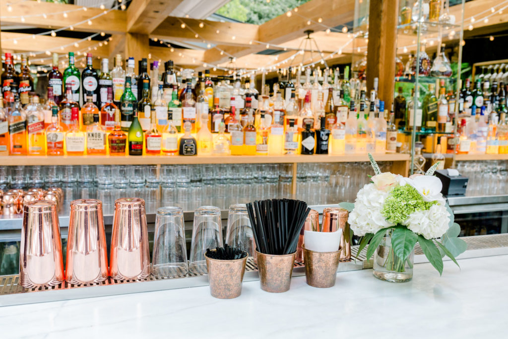 The bar on the outdoor terrasse at Ristorante Beatrice.